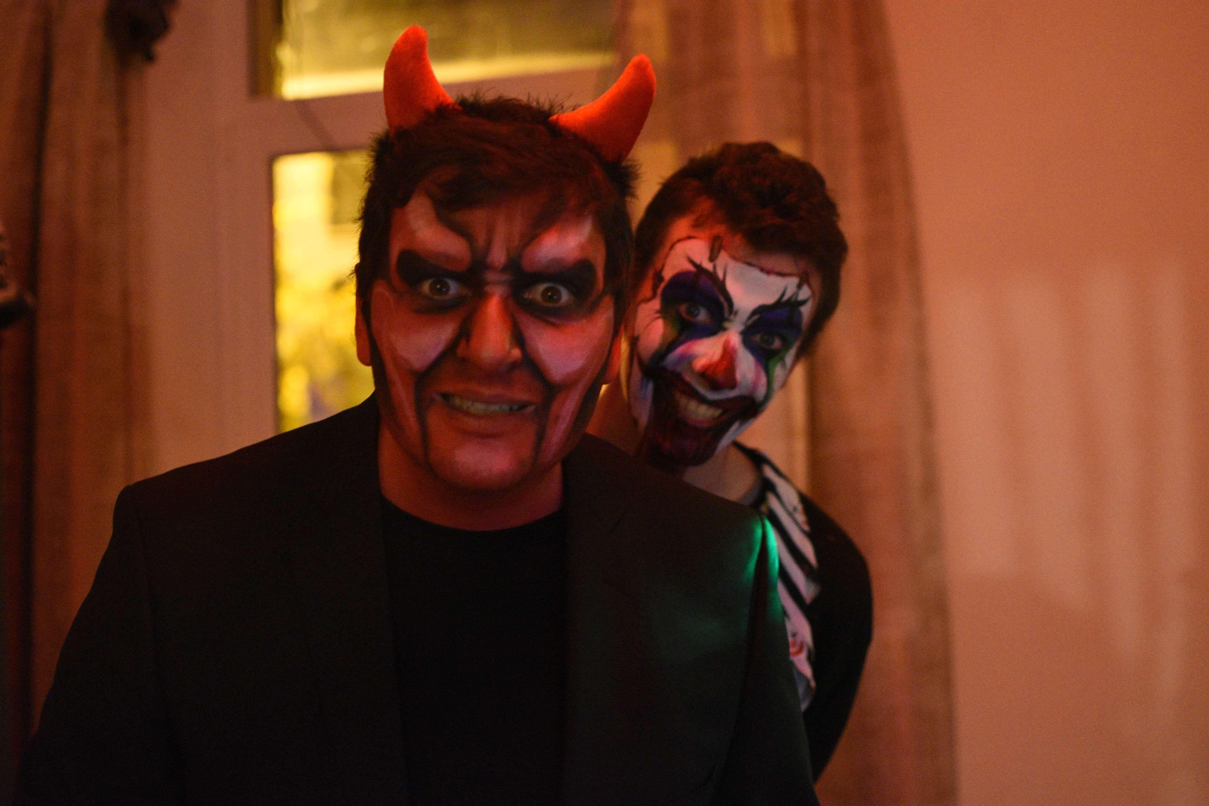 Maquillage - Grimage Adulte de diable et de clown tueur pour une soirée Halloween